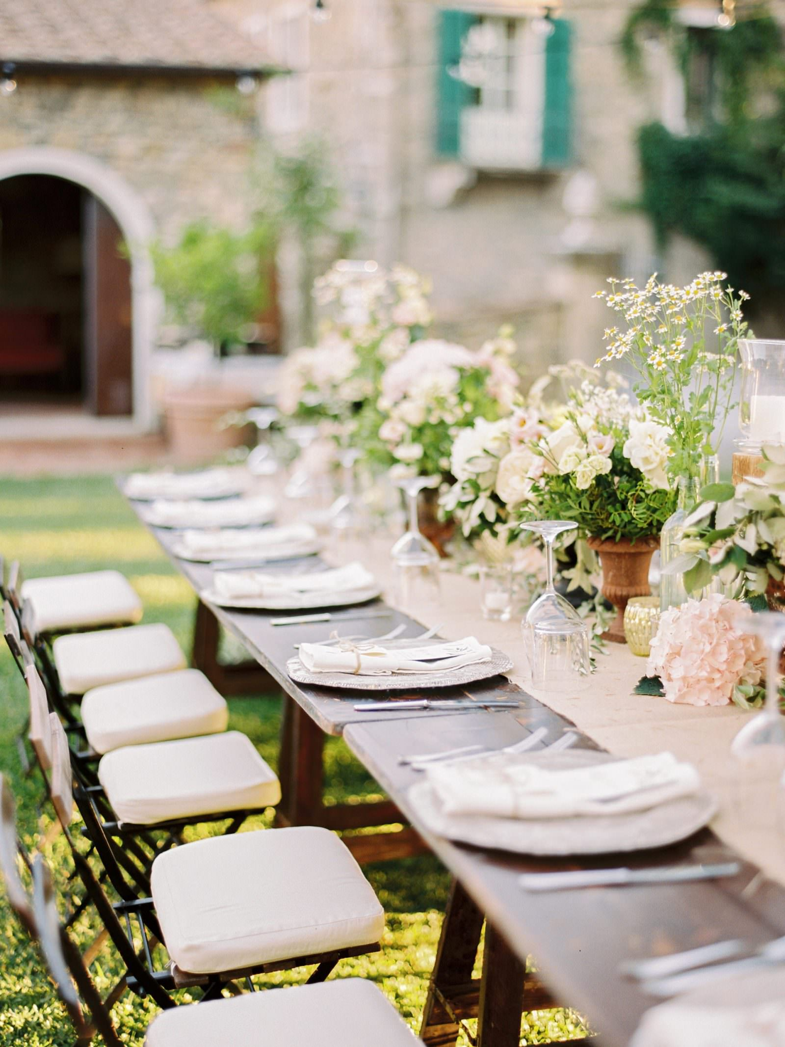 Rustic wedding in the heart of Tuscany table design and florals