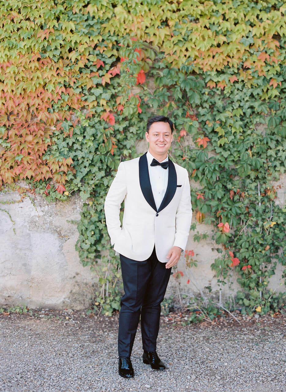 Groom in his tux at Villa Mangiacane Florence