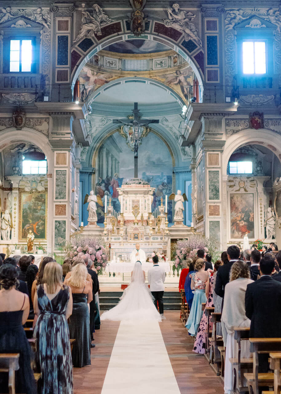 catholic wedding ceremonies at Church of Chiesa Ognissanti Florence