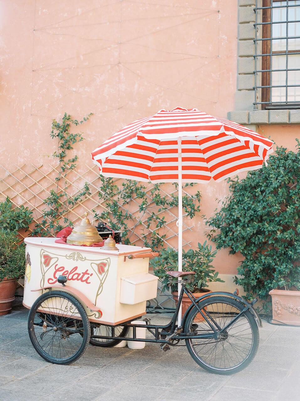 ice cream stand for Villa Mangiacane Wedding
