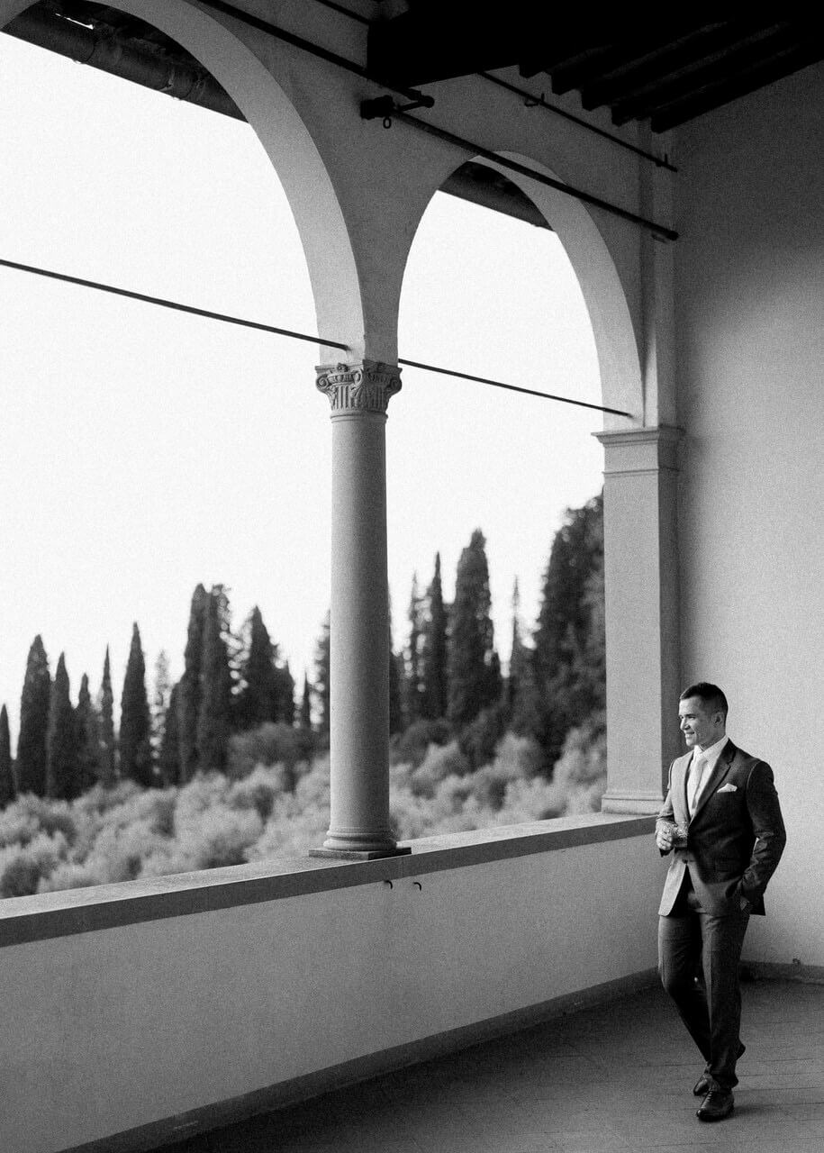 BW groom portrait in Florence at Villa Agape Art Hotel, florence
