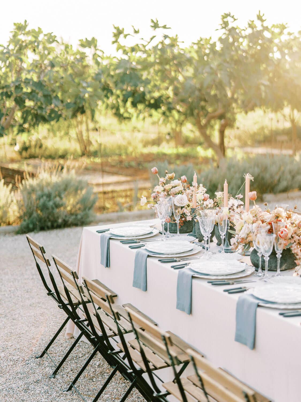 Margi-Farm-Wedding-table-decoration
