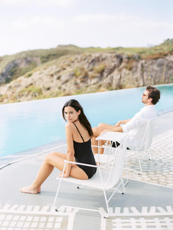 erosantorini-honeymooners-holidays